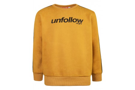Sweatshirt with tape on the sleeves and print
